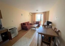 Купить недорого двухкомнатную квартиру в Солнечном Береге. Фото 2