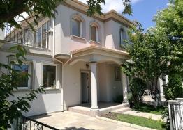 Продажа дома в пригороде Бургаса. Фото 1