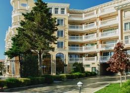 Трехкомнатная квартира в элитном Вилла Рома, Несебр. Фото 1