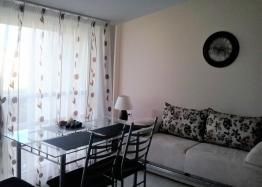 Недорогая двухкомнатная квартира в городе Поморие. Фото 1