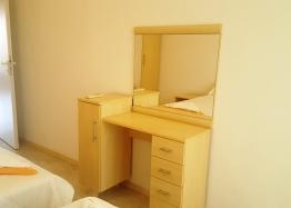 Недорогая трехкомнатная квартира на первой линии моря. Фото 14