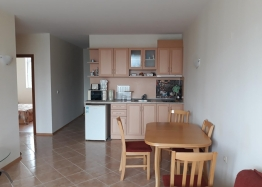 Дешевая 3-х комнатная квартира в Болгарии. Фото 1