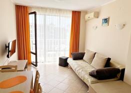Трехкомнатная квартира на продажу в Солнечном Береге. Фото 1