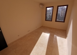 Новый трехкомнатный апартамент на первой линии Святого Власа. Фото 21