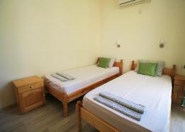 Недорогая квартира с двумя спальнями в Солнечном Береге. Фото 4