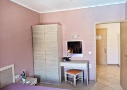 Красивая двухкомнатная квартира в комплексе Роял Сан. Фото 15