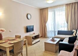 Красивая двухкомнатная квартира в комплексе Роял Сан. Фото 9