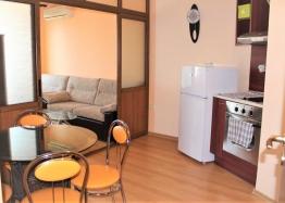 Недорогая двухкомнатная квартира в хорошем комплексе. Фото 2