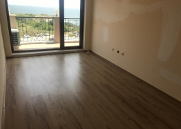 Отличная многокомнатная квартира в Несебре возле пляжа с видом на море. Фото 2