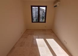 Новый трехкомнатный апартамент на первой линии Святого Власа. Фото 25