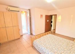 Двухкомнатная квартира близко к пляжу. Фото 24