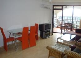 Продажа трехкомнатной квартиры на первой линии Святого Власа. Фото 4