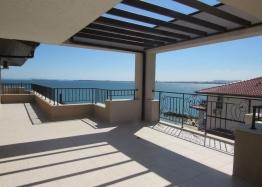 Шикарный апартамент с видом на море. Фото 1