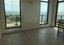 Отличная многокомнатная квартира в Несебре возле пляжа с видом на море. Фото 8