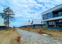 Купить недорого двухкомнатную квартиру в Солнечном Береге. Фото 10