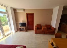 Трехкомнатный апартамент в комплексе Sun Village. Фото 3