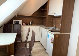 Двухкомнатная меблированная квартира с джакузи на Солнечном берегу. Фото 4