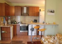Квартира в центральной части Солнечного Берега. Фото 1