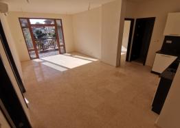 Новый трехкомнатный апартамент на первой линии Святого Власа. Фото 4
