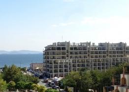 Квартира с видом на море на первой линии. Фото 1