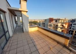 Огромный апартамент на весь этаж с панорамным видом на море и Бургас!. Фото 9