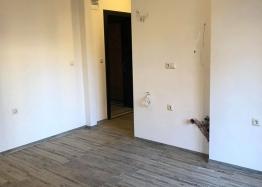Отличная квартира в жилом доме без таксы в Несебре. Фото 2