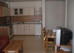 Двухкомнатная квартира на продажу в Лазур-2. Фото 2