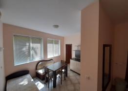 Большая недорогая трехкомнатная квартира. Фото 1
