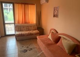 Двухкомнатная квартира в городе Несебр, Черное море. Фото 1