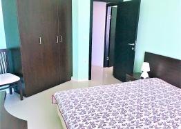 Просторная трёхкомнатная квартира в Сарафово . Фото 3