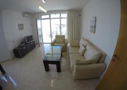 Трехкомнатный апартамент в комплексе Лазурь-2, Святой Влас. Фото 4