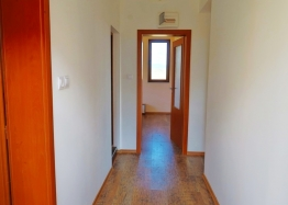 Новая двухкомнатная квартира у моря в Бяле. Фото 1