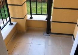 Отличная квартира в жилом доме без таксы в Несебре. Фото 5