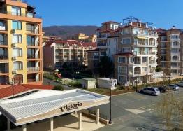 Большая двухкомнатная квартира с боковым видом на море рядом с пляжем. Фото 13