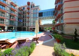 Двухкомнатная меблированная квартира с джакузи на Солнечном берегу. Фото 11