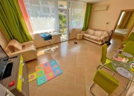 Купить недорогую двухкомнатную квартиру в Солнечном Береге. Фото 11