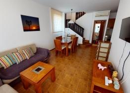 Таунхаус с тремя спальнями в  2.5 км от моря. Фото 2