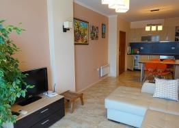 Отличный апартамент на первой линии моря в Несебре. Фото 2