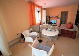 Просторная двухкомнатная квартира в красивом комплексе. Фото 4