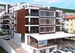 Квартиры на продажу в комплексе Вилла Аристо/Villa Aristo/Святой Влас, Болгария. Фото 1