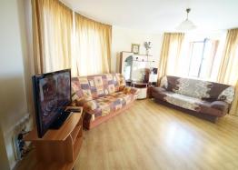 Большая двухкомнатная квартира в комплексе Амадеус 5 на Солнечном Берегу. Фото 2