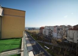 Меблированная двухкомнатная квартира в Несебре на первой линии. Фото 10