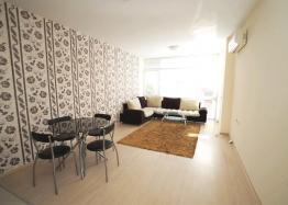 Квартира с одной спальней в комплексе близко к Несебру. Фото 2
