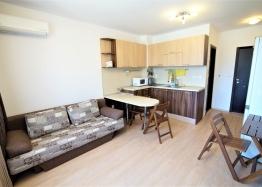 Двухкомнатная меблированная квартира в комплексе Радуга-2. Фото 1