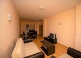 Просторная двухкомнатная квартира в комплексе Меджик Дримс. Фото 2