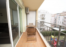 Просторная двухкомнатная квартира в Солнечном Береге. Фото 8