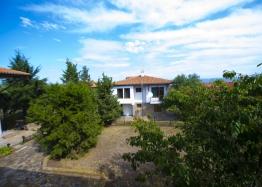 Двухэтажный дом в селе. Фото 7