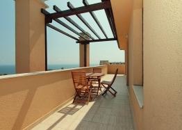 Трехкомнатная квартира с панорамными видами в Бяле. Фото 6