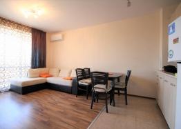 Двухкомнатная квартира в комплексе Элитония Гарденс. Фото 1