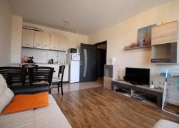 Двухкомнатная квартира в комплексе Элитония Гарденс. Фото 2